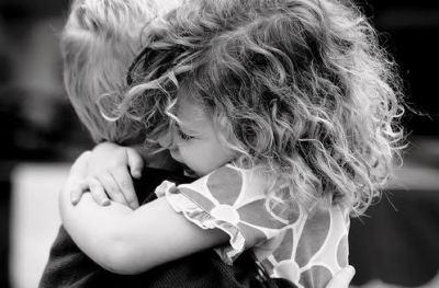 friends-hugging1